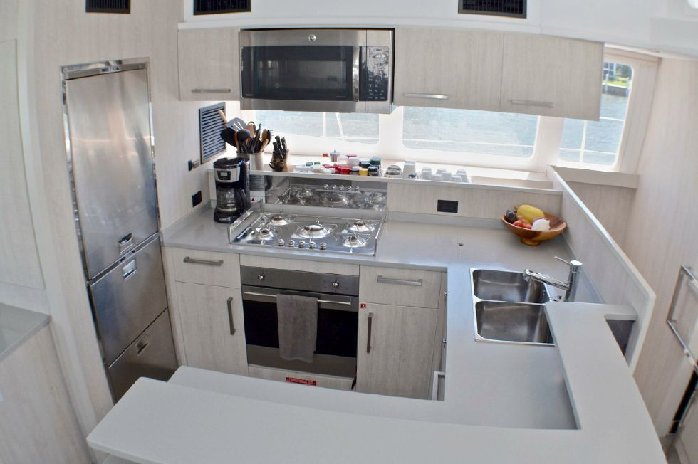 2018 Leopard 58 - Galley Layout