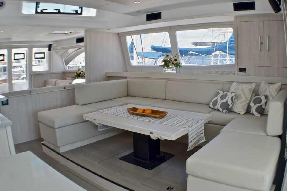 2018 Leopard 58 - Starboard seating