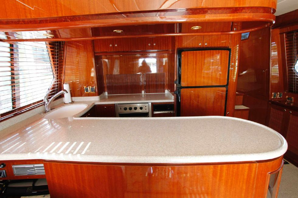 Hampton 558 Pilothouse Counter Space Galley