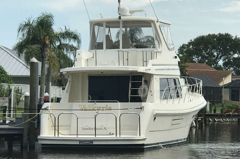 2006 Hampton 558 Pilothouse