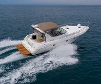 1997 Cruisers Yachts 3375 ESPIRIT
