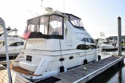2006 Carver 396 Motor Yacht