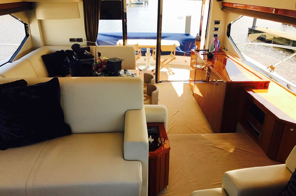 2011 Sunseeker Manhattan 60 - Interior Looking Aft