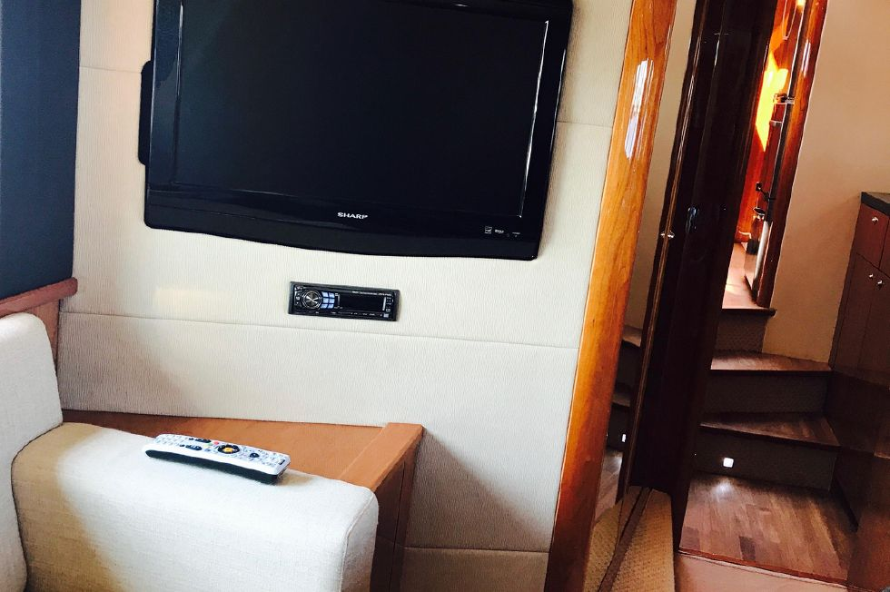 2011 Sunseeker Manhattan 60 - Master Stateroom TV