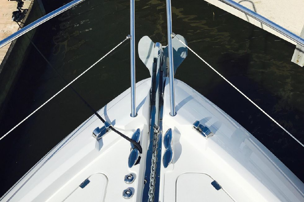 2011 Sunseeker Manhattan 60 - Bow Anchor Locker