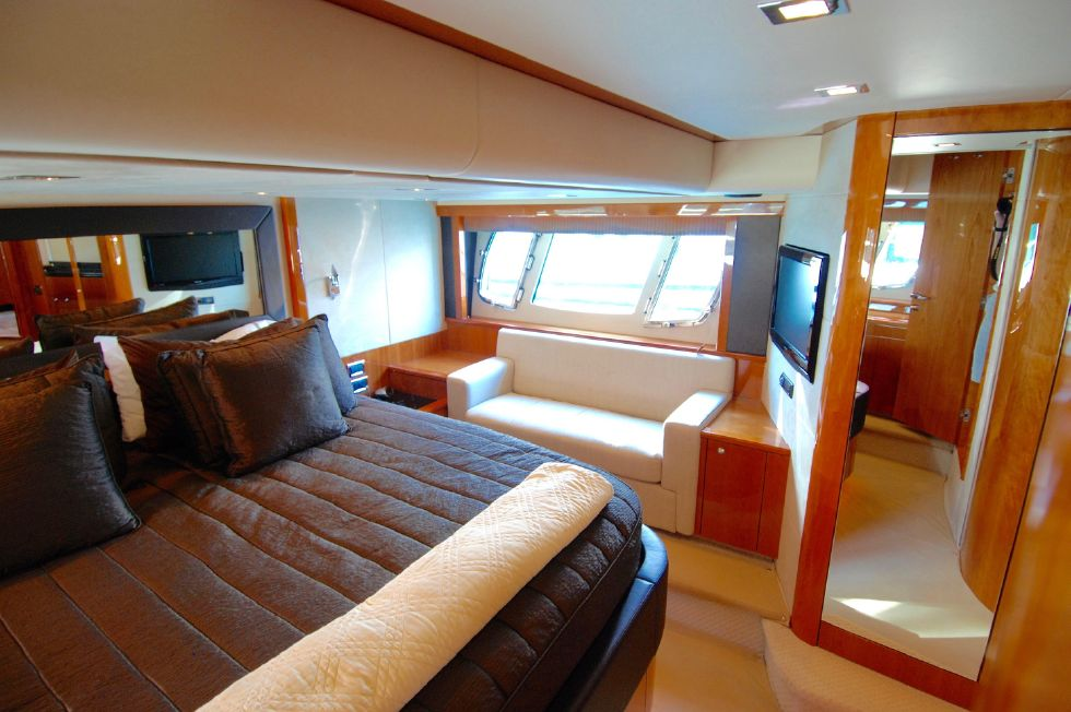 2011 Sunseeker Manhattan 60 - Master Stateroom Port Side Sofa