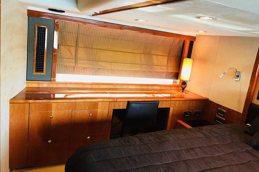 2011 Sunseeker Manhattan 60 - Master Stateroom Strb Side Storage