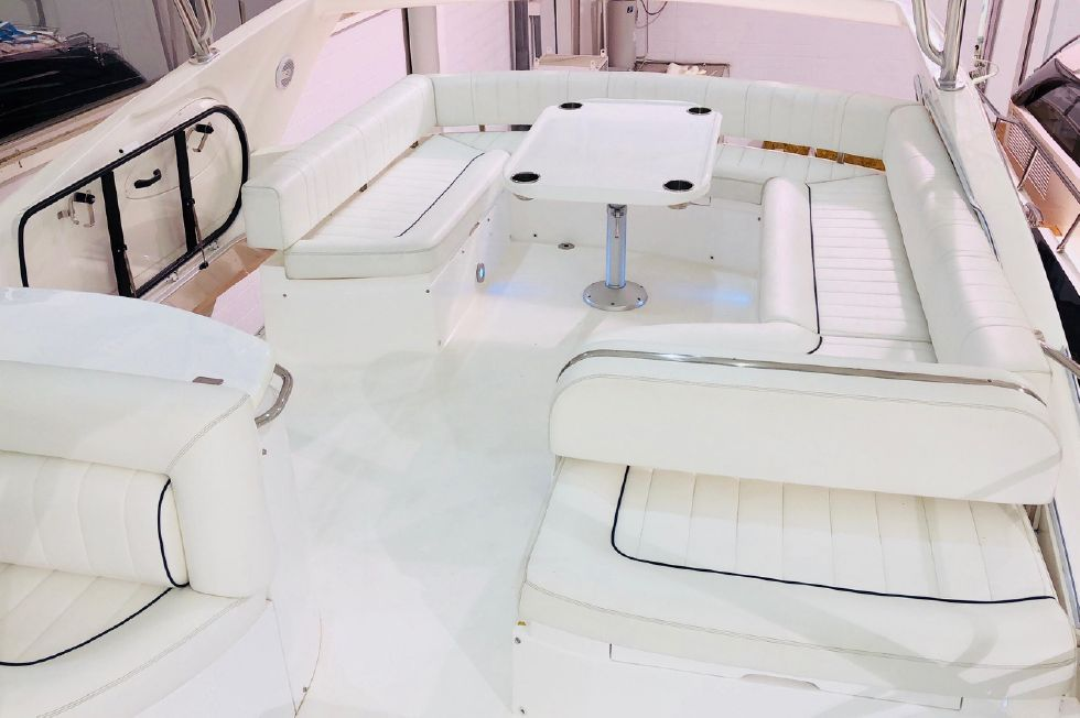 2011 Sunseeker Manhattan 60 - Flybridge Area Looking Aft - Uncovered