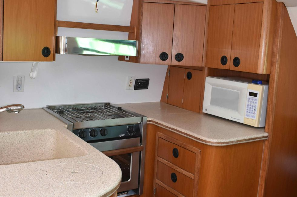 Manta 42 Galley w/Corian Counters