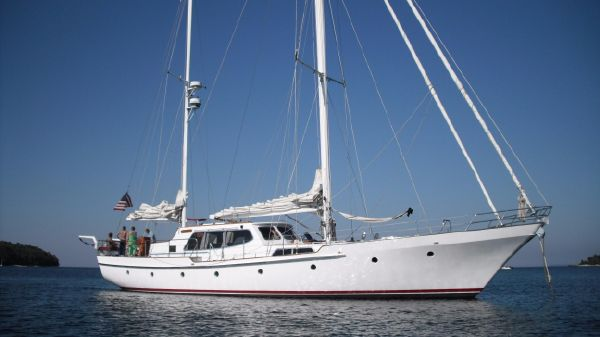 Don Brooke - Export Yachts Cavalier Don Brooke pilothouse ketch - Altair