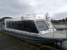 2004 Custom Bentz Boat Inc. 30-Pack