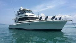 2001 Riviera 48 Enclosed