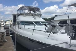1997 Sea Ray 42 Aft Cabin