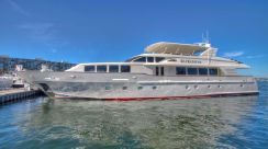 1999 Trinity Yachts Pilothouse