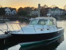 2008 Hunt Yachts Surfhunter 29