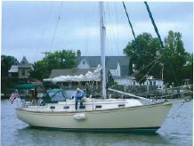 1993 Island Packet 35