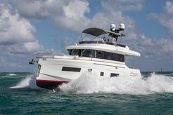 2018 Sirena 58 Fly Bridge Motor Yacht