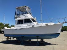 1990 Cape Dory 30 Flybridge Hardtop