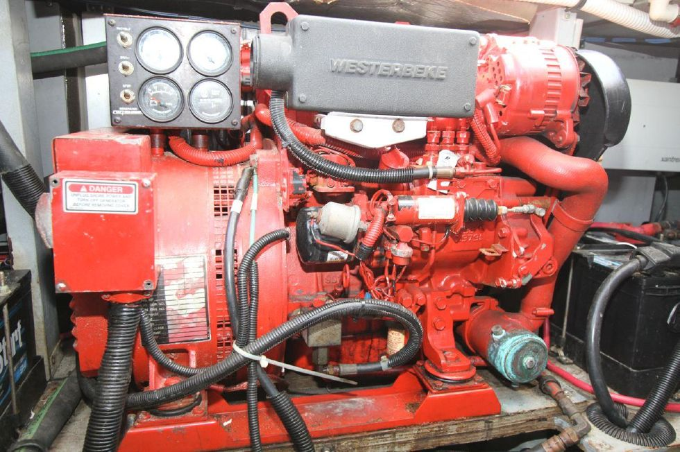 40 Sea Ray Sedan Bridge 8kw Westerbeake Genset w/ 700 hrs