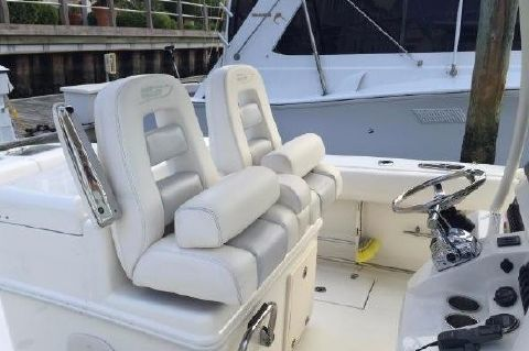 2011 Boston Whaler 320 Outrage