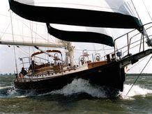 2000 Hans Christian 41T