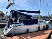 2004 Jeanneau Sun Odyssey 32 with lifting keel