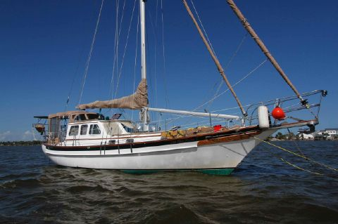 1999 Cabo Rico 38 Pilothouse Cutter
