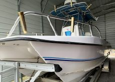 2006 Twin Vee 26 Center Console