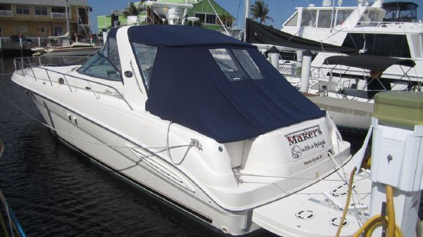 Sea Ray Sundancer 460 Makers With A Splash
