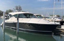 2017 Tiara Yachts 39