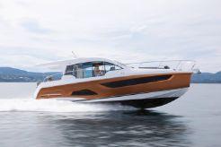 2021 Sealine C390