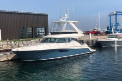 2020 Tiara Yachts F44 Flybridge