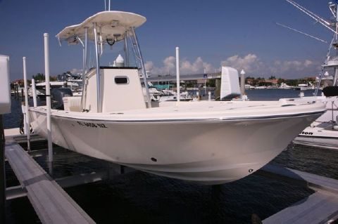 2009 Canyon Bay 2475