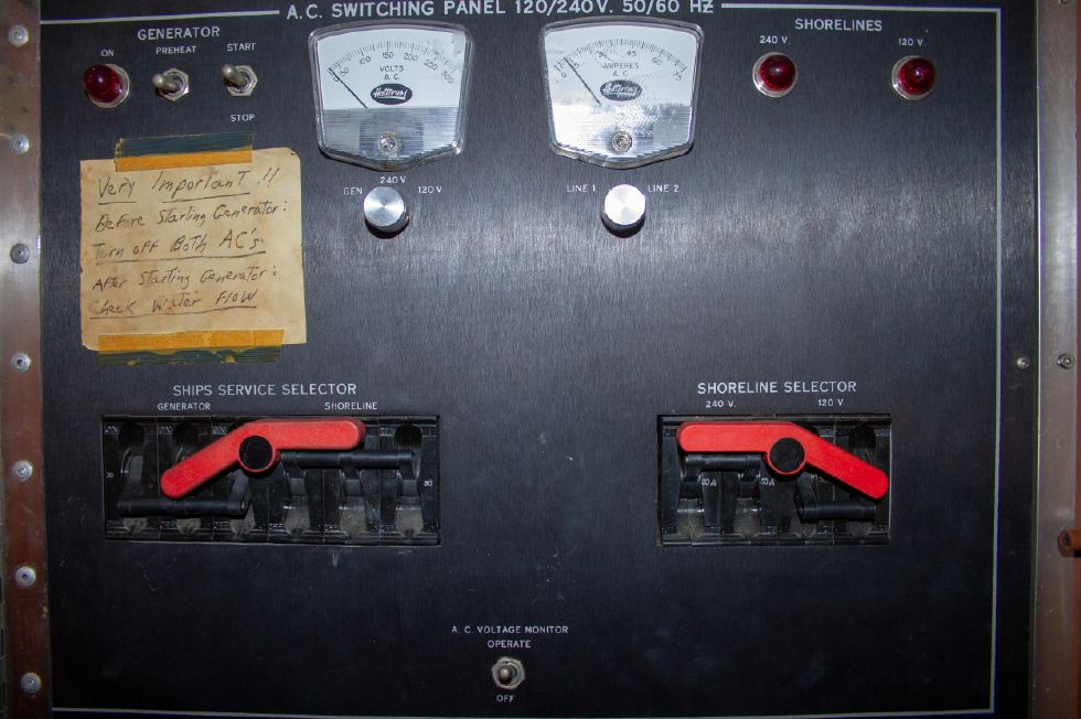 1987 Hatteras 1987 41 Convertible - Electrical Panel