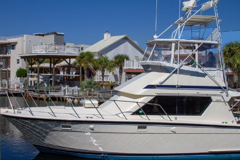 1987 Hatteras 1987 41 Convertible - Port Side