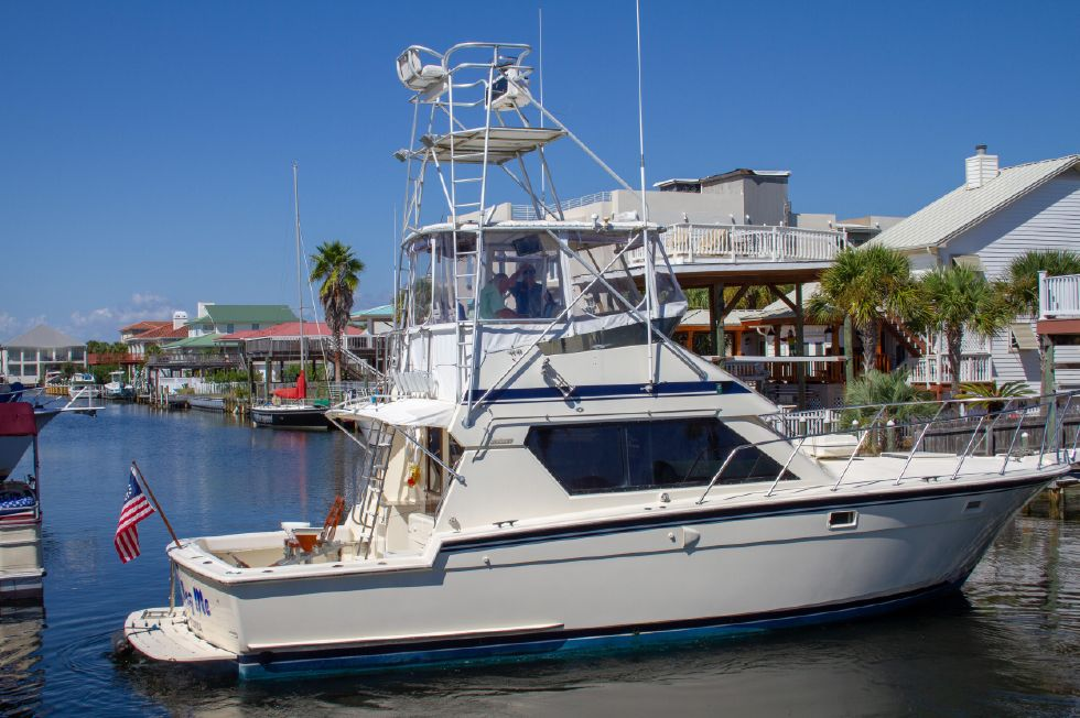1987 Hatteras 1987 41 Convertible - Starboard Profile