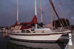 1985 Stamas 44