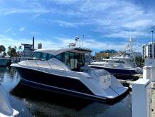 2017 Tiara Yachts C39 Coupe