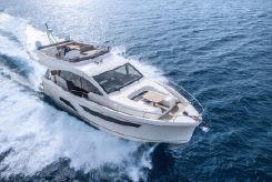 2021 Sealine F530