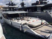 2015 Arcadia Yachts Sherpa