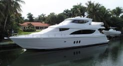 2005 Hatteras 80 Motor Yacht