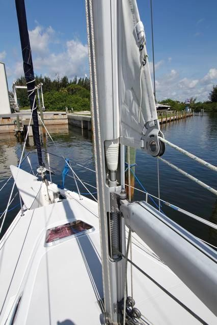 31 Catalina 310 In Mast Furler