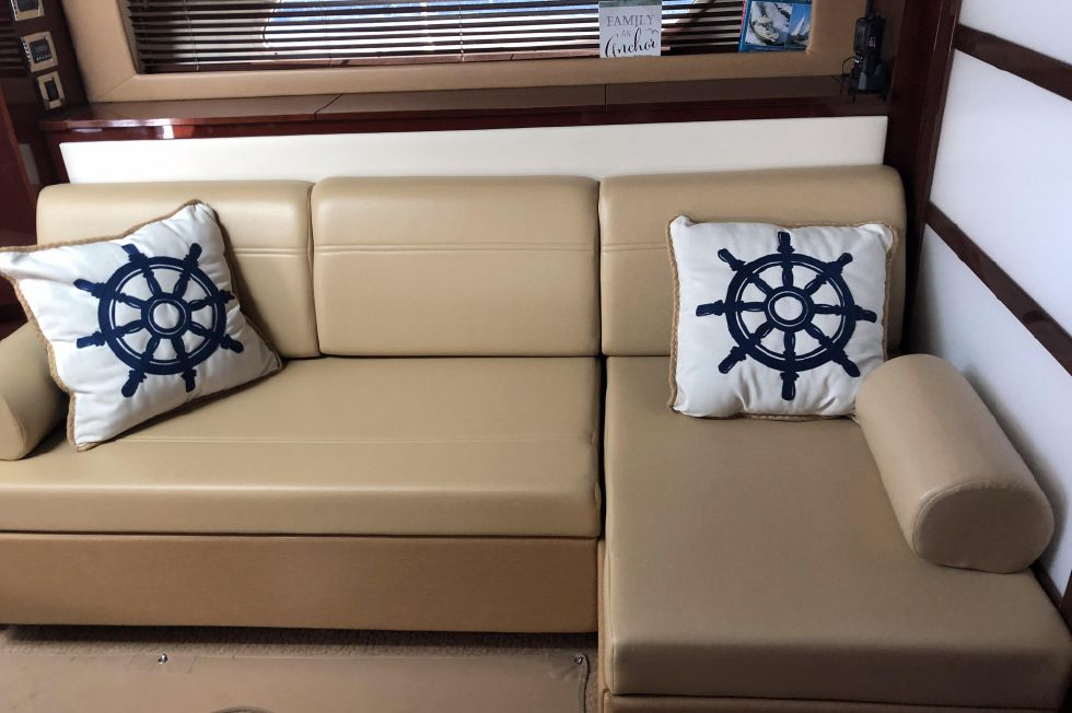 2010 Sea Ray 450 Sundancer Boats for Sale - DiMillo's Yacht