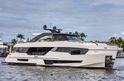 2020 Ocean Alexander 90R Motoryacht