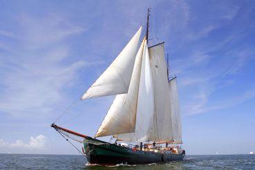 1902 Barge Clipper