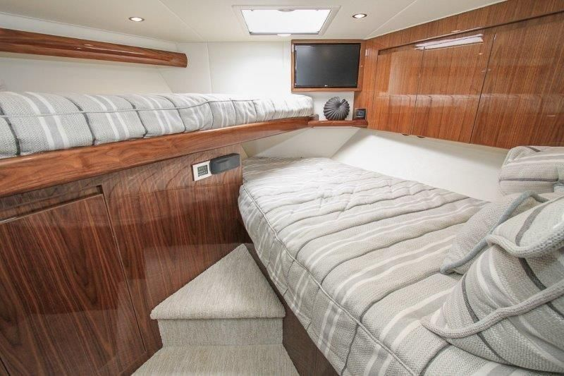 2020 Viking 52 Convertible - Guest Stateroom 1