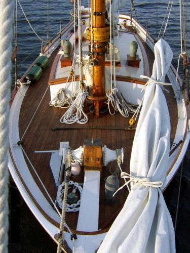Facing Aft over Foredeck