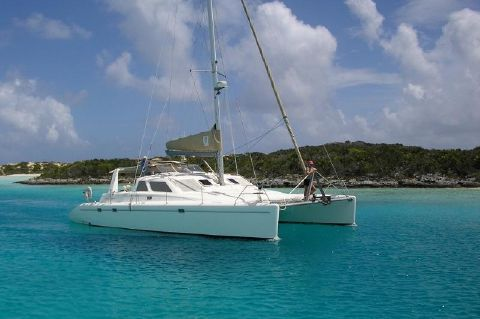 2002 Voyage Yachts 440 Owner's Version - Dragonfly