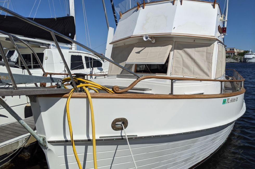 1983 Grand Banks 42 Classic