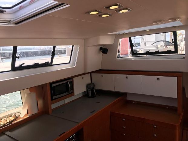 2014 Beneteau Broker Brokerage